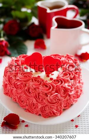 Birthday Cake Valentines Day Roses Stock Photo 340207607 Shutterstock