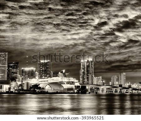 Black and white Miami skyline from MacArthur Causeway.