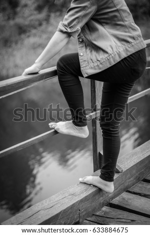 Suicide Jump Stock Images Royalty Free Images Amp Vectors
