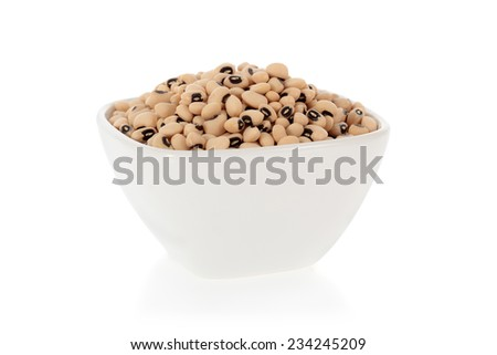 Black eyed peas beans in a bowl isolated on a white background