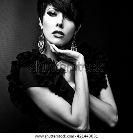 Black-white portrait of beautiful brunette woman.