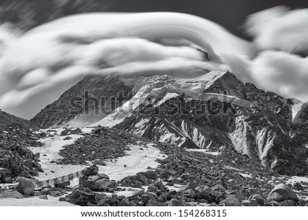 Black & White shot of Cho Oyu, the 6th highest mountain in the world