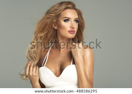 Blond beauty woman