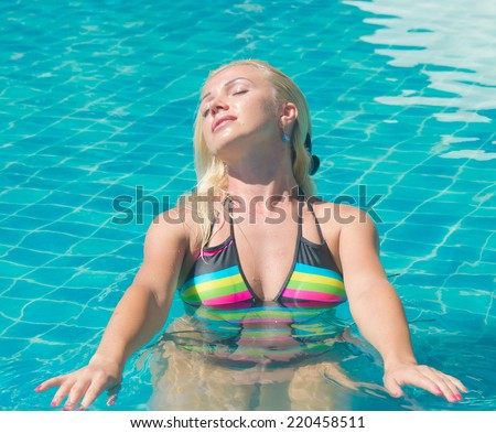 Blonde Woman Summer Fun