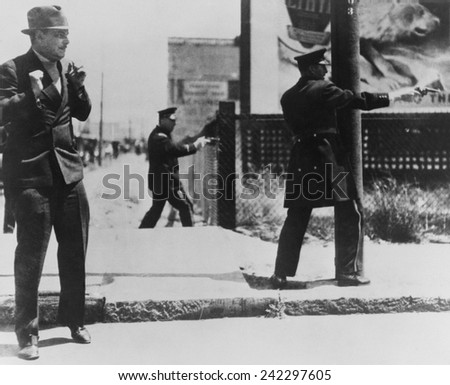 Bloody Thursday. The San Francisco dock strike. Provoked police to shoot into a crowd of strikers, killing two. San Francisco, California. Thursday, July 5, 1934 - stock photo