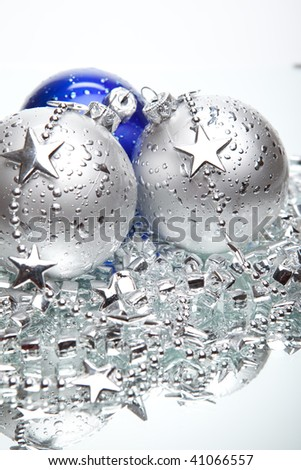 Blue and silver Christmas balls with silver decoration