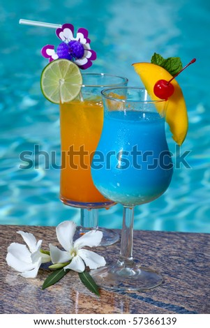 ... blue mai tai blue hawaiian and closeup of mai tai and blue drinks blue