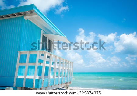 Blue lifeguard stand in Miami - stock photo