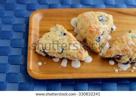 Blueberry scones with sugar glaze topping