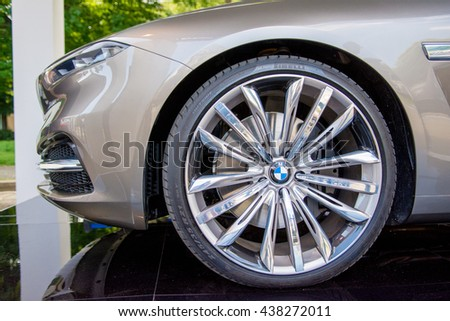 BMW car front nose curved with metallic rims