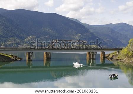Drano Lake Fishing Boats Fishing in Drano Lake