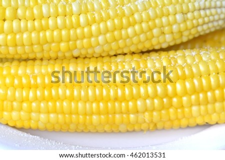 Boiled corn on a plate