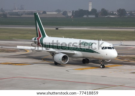 BOLOGNA - OCTOBER 16: Airbus A320 of Alitalia on October 16, 2010 at Bologna International Airport, Italy. Alitalia is a new airline founded in 2008 after bankruptcy of former Alitalia LAI.