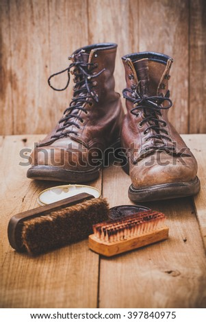 Boots leather shoes maintenance set