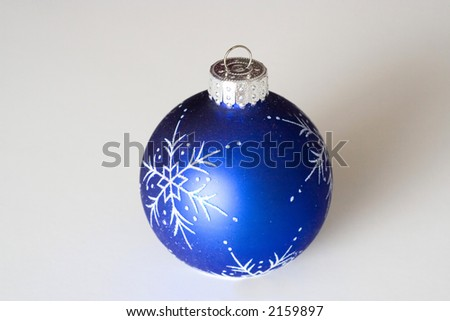 boule bleue de decoration de noel