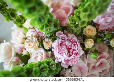Bouquet of white and pink flowers on wedding