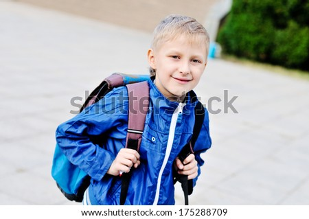 boy is glad to go from school to home