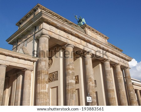 Brandenburger Tor Brandenburg Gate famous landmark in Berlin Germany