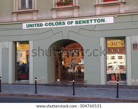 United colors of benetton stock photos royalty free for Benetton usa online shop