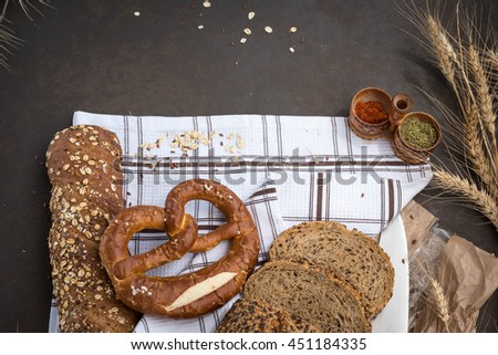 Bread and ears on a table