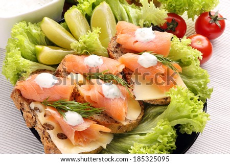 Bread with cheese, salmon and dill dip