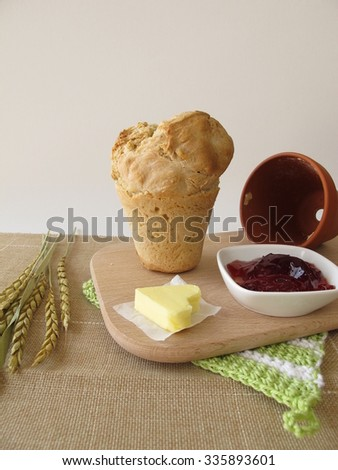 Breakfast with flowerpot bread and redcurrant jelly