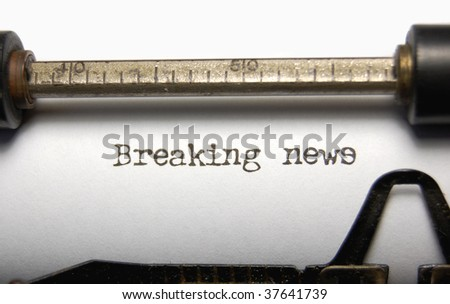 Breaking News written on an old typewriter - stock photo