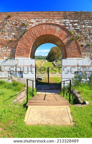 Brick arch above the gate to the roman city of Nicopolis, Greece
