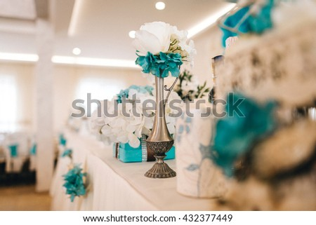 bright room restaurant with blue decor