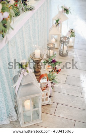 Bright tones wedding decoration