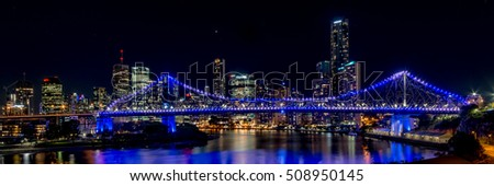 Brisbane Story Bridge at night