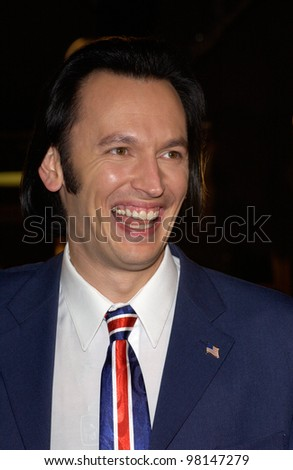 British actor STEVE VALENTINE at the world premiere, in Los Angeles, of Spy Game. 19NOV2001.  Paul Smith/Featureflash - stock photo