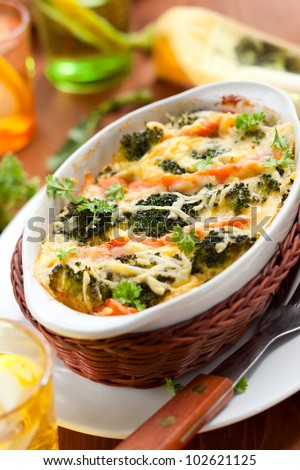 broccoli and salmon  gratin with cheese