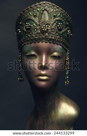 Bronze female statue in green metal head decoration