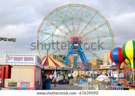 BROOKLYN - OCTOBER 24: Built in 1920, the existence of the Wonder Wheel in Coney Island is being threatened by future development October 24, 2010 in Brooklyn, New York.