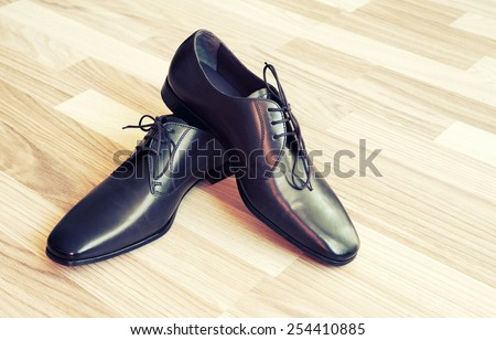 Brown leather men's shoes