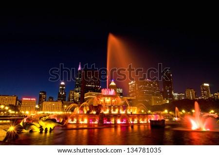 Buckingham Lights Buckingham Fountain lights up the night in Chicago's Grant Park. - stock photo