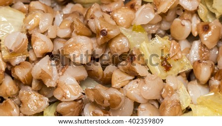 Buckwheat porridge with fried onions