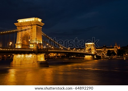 Budapest by night / Chain Bridge and the Buda Castle
