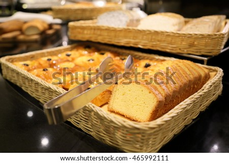 buffet bread