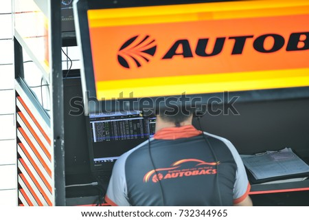BURIRAM-THAILAND-8oct,2017:Service team technician at Chang Super GT Race 2017 Round 7,Chang International Circuit, Buriram, Thailand.