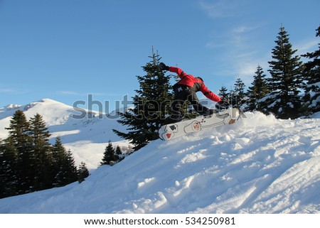 BURSA TURKEY ; DECEMBER 10, 2016 Uluda? ski resort and skiers