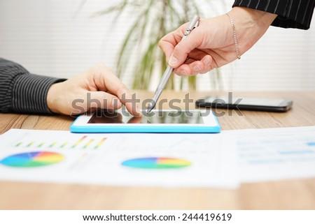 Sales Report Photos RoyaltyFree Images Vectors – Sales Report Writing