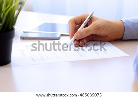 Business Contract Stock Images, Royalty-Free Images & Vectors
