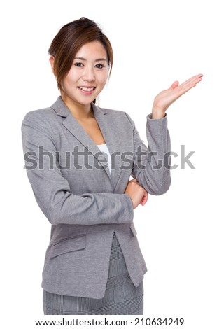 Businesswoman hand showing blank sign