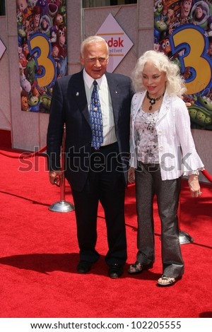 """Buzz Aldrin  at the """"Toy Story 3"""" World Premiere, El Capitan Theater, Hollywood, CA. 06-13-10 - stock photo"""
