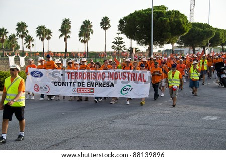 CADIZ, SPAIN-SEPTEMBER 09: Unidentified workers of the company Visteon in Cadiz, Spain, demonstration by the unions in the street to the struggle for employment on September 09, 2011, in Cadiz, Spain - stock photo