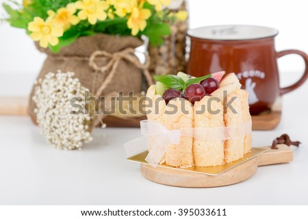 Cake Charlotte with mix fruit