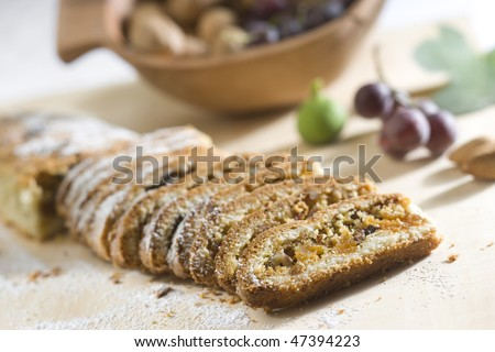 Cake from dried fruits
