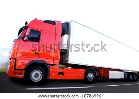 camion transport frigo en pleine vitesse - stock photo